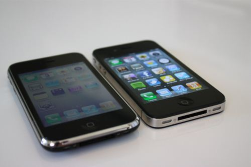 iPhone 4 and iPhone 3GS Still Top Dog For Smartphone Sales in Q3