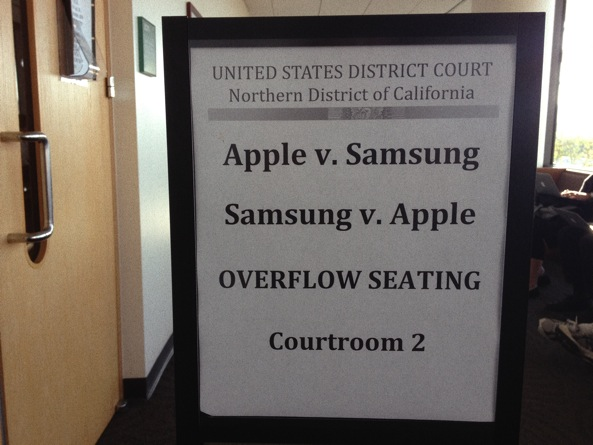 Apple v Samsung trial sign