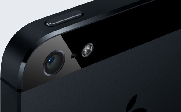 (iPhone 5 (black, camera closeup 001)