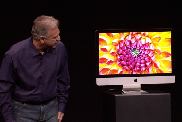 Phil Schiller (iPad mini keynote, iMac on pedestal 001)