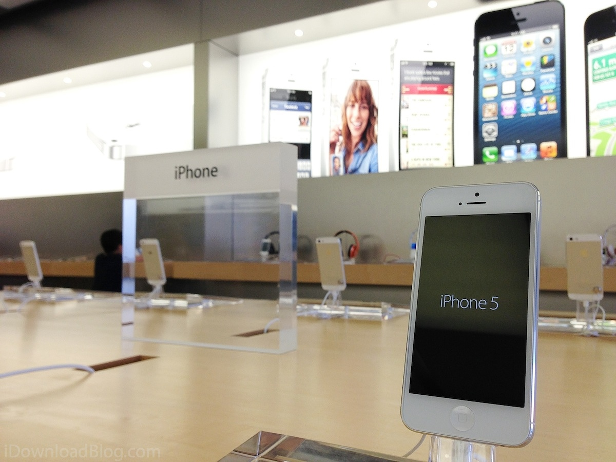 apple store iphone 5 apple catching up to iphone 5 demand at us apple stores 2495