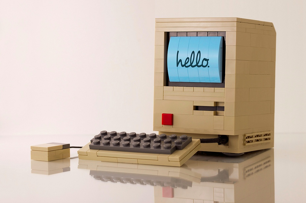 Original Mac (LEGO, Chris McVeigh 001)