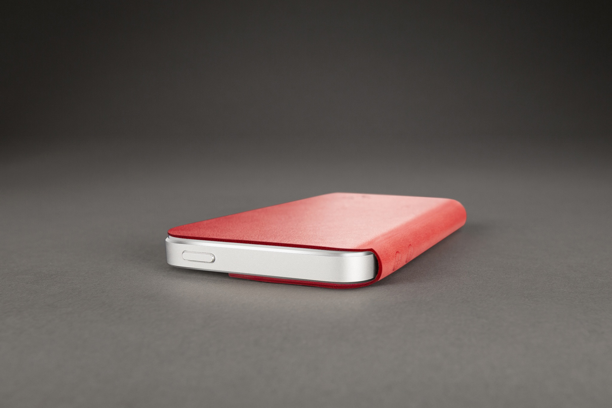 Twelve South SurfacePad (red)
