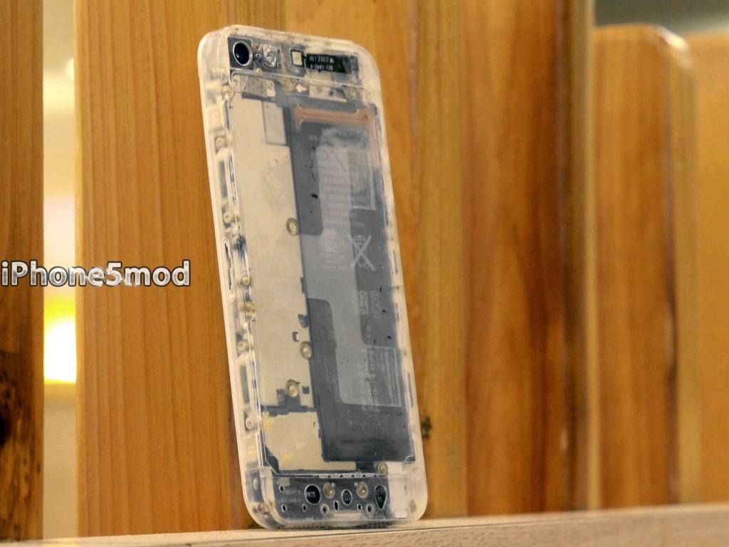 iPhone5mod iPhone 5 translucnet mod kit (image 001)