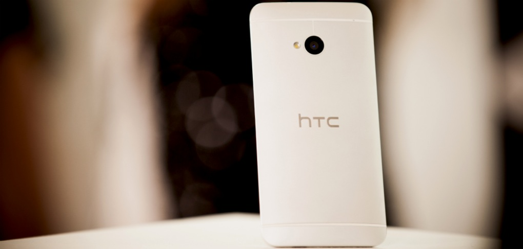 HTC One (lifestyle 002)