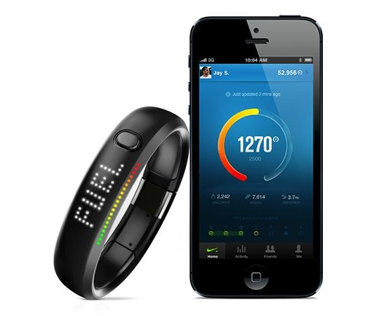 Nike FuelBand with iPhone