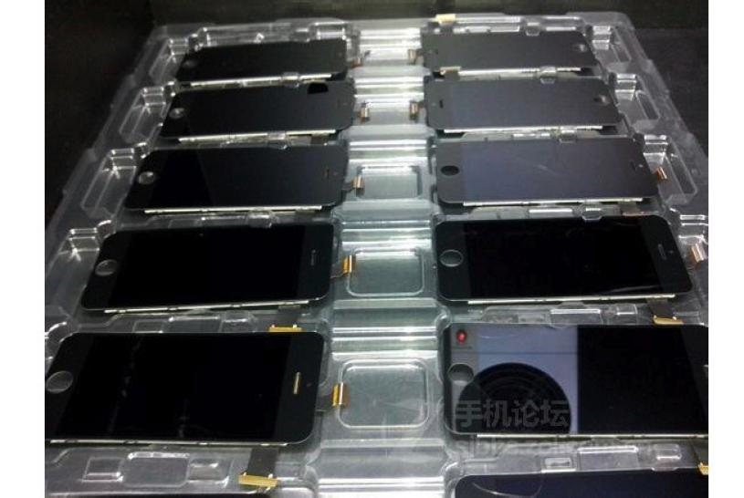 iPhone 5S assembly line (image 001)