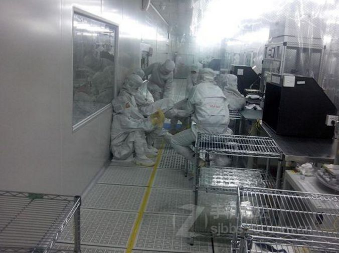 iPhone 5S assembly line (image 006)