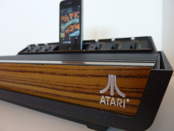 Atari 2600 iPhone speaker dock (image 001)