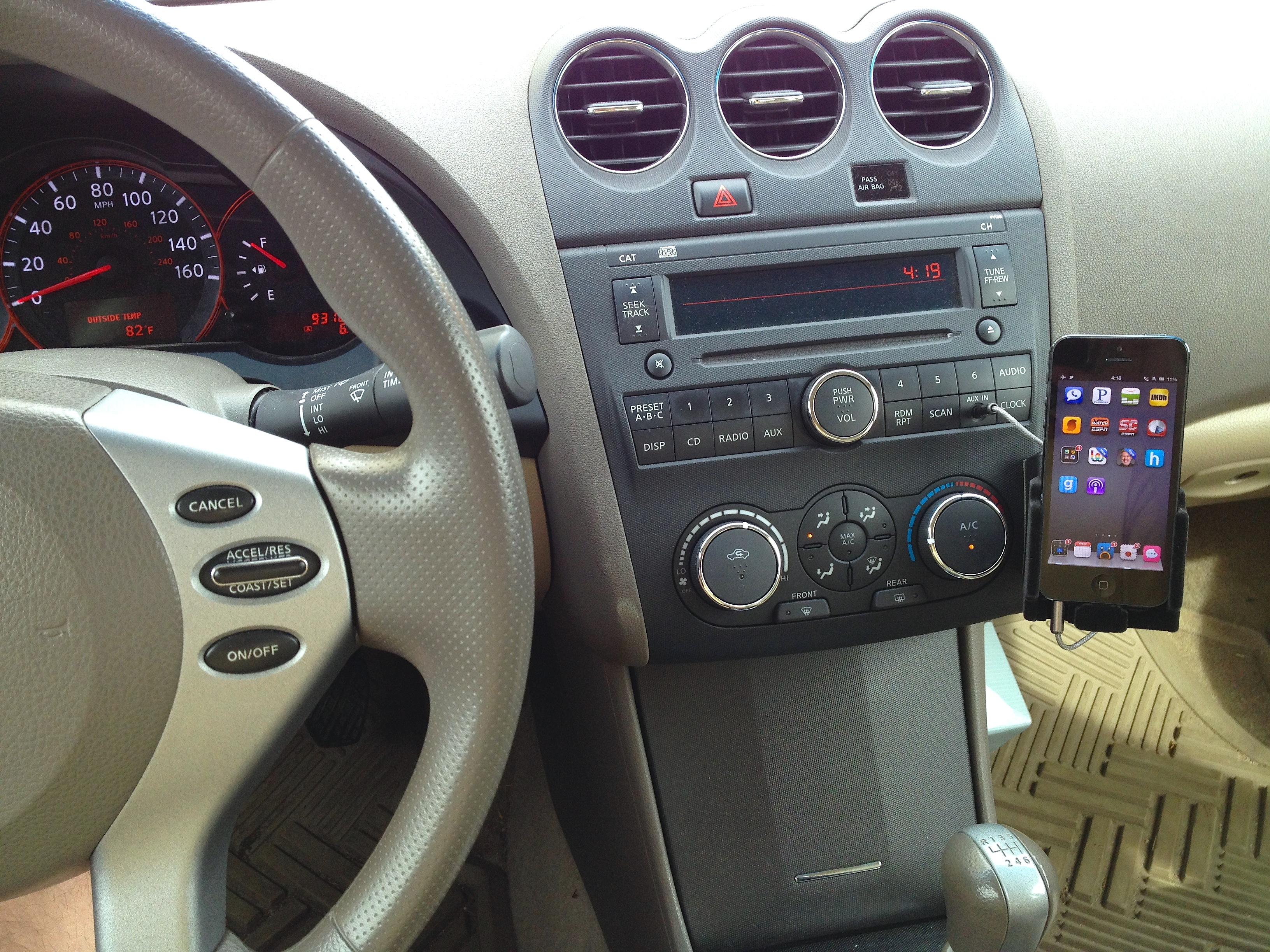 Good car dash holders for 6P? : Nexus6P