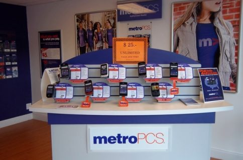 T-Mobile looking to add iPhone to MetroPCS lineup