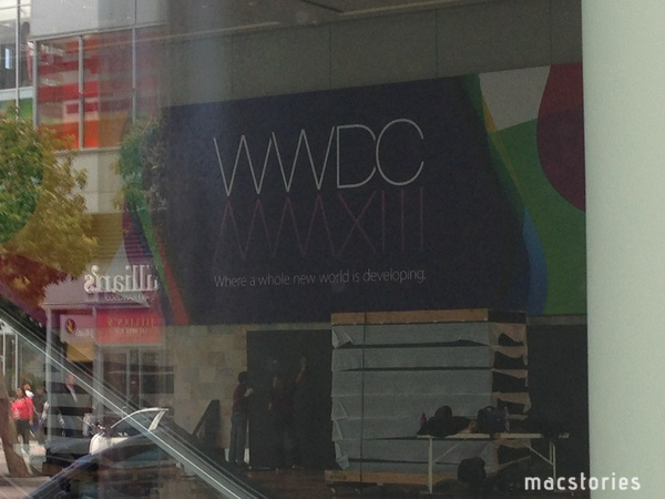 Apple setting up for WWDC 2013 (MacStories 001)