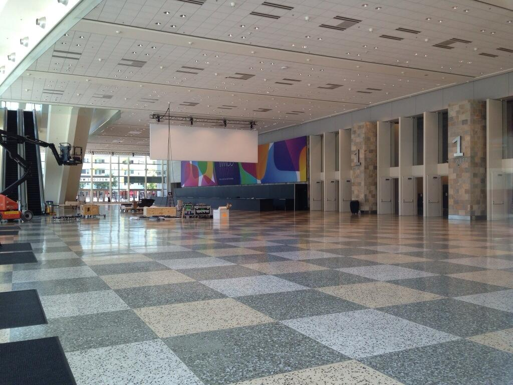 WWDC 2013 (white banner interior, Mark Gurman 001)
