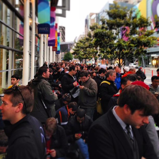WWDC 2103 crowd outside