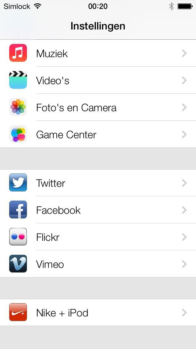 iOS 7 (Settings, Flickr and Vimeo)