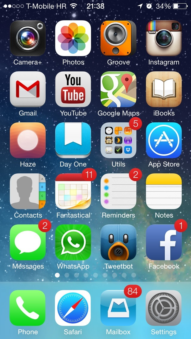 iOS 7 Wallpapers (Still Space background on Home screen 001)
