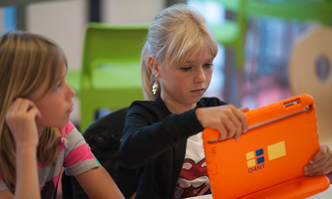 apple-ipad-students-netherlands