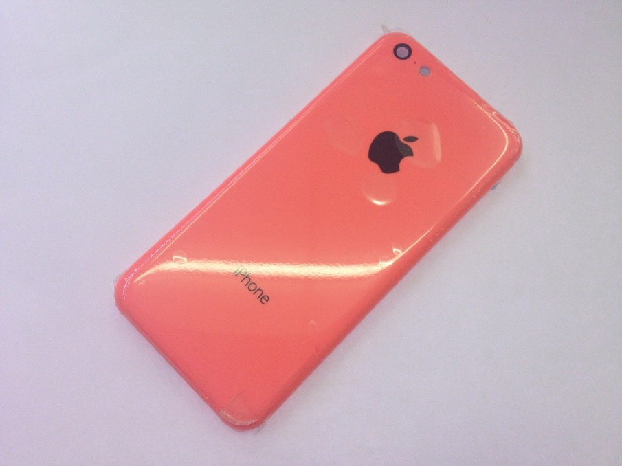 iPhone 5C (pink, Sonny Dickson 001)