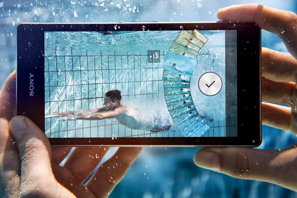 Sony Xperia Z1 (lifestyle 002)
