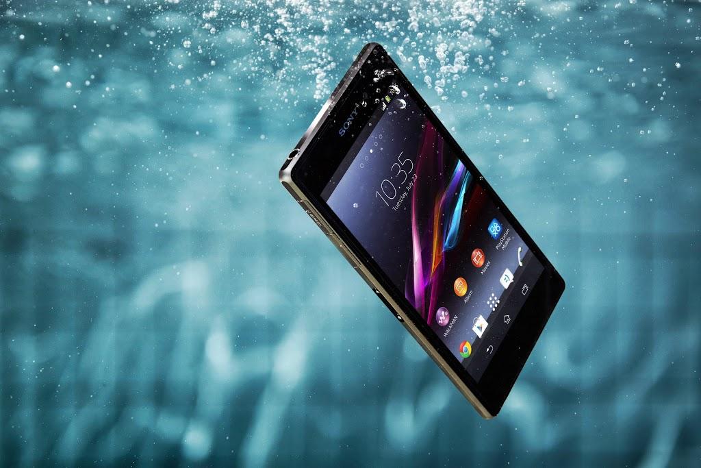 Sony Xperia Z1 (lifestyle 004)