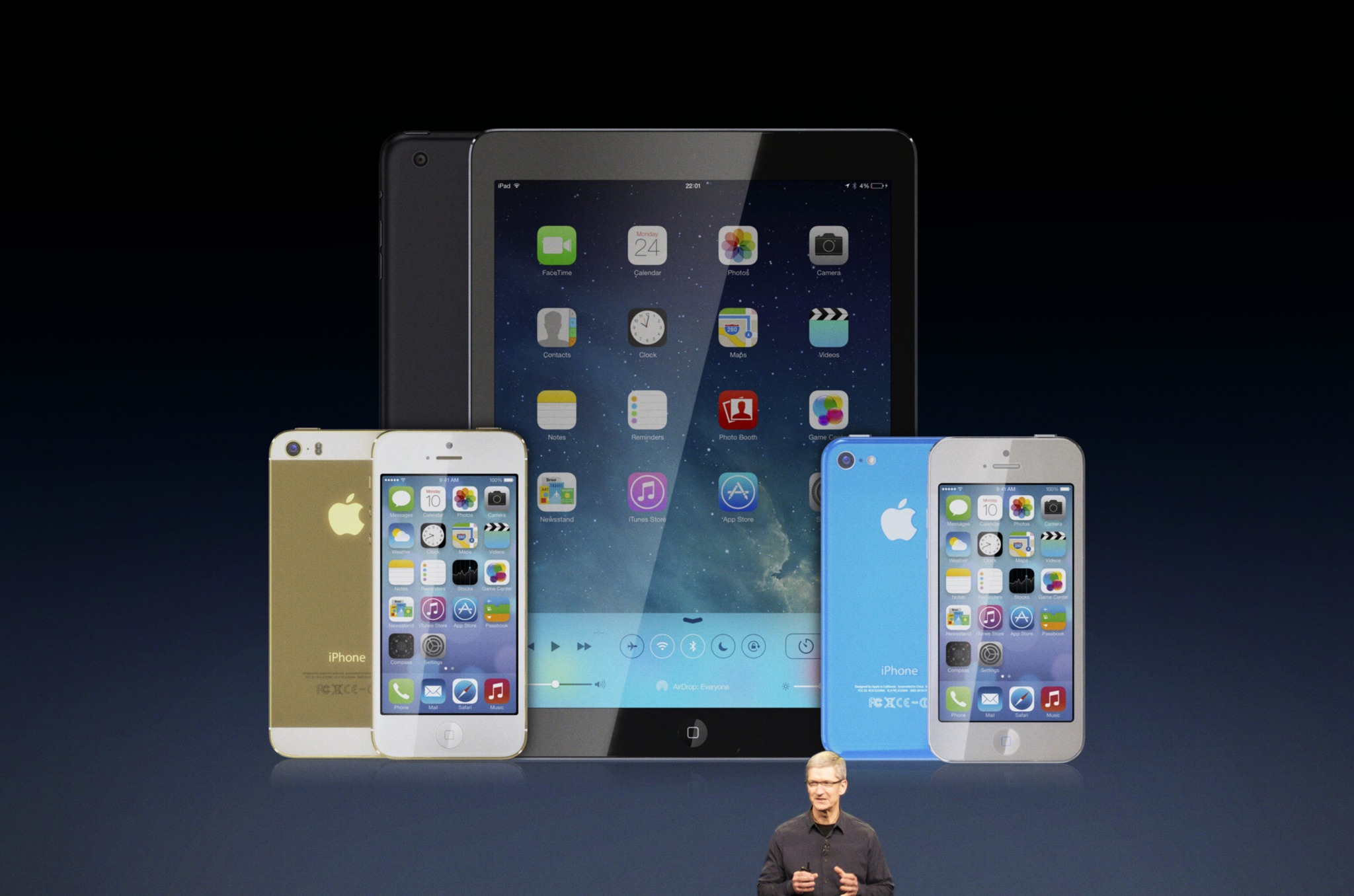 Tim Cook (iPhone 5S, iPhone 5C, Martin Hajek 007)