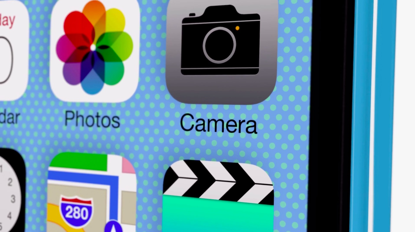 iOS 7 teaser (iPhone 5c ad 002)