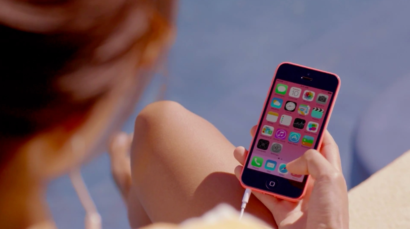 iOS 7 teaser (iPhone 5c ad 005)