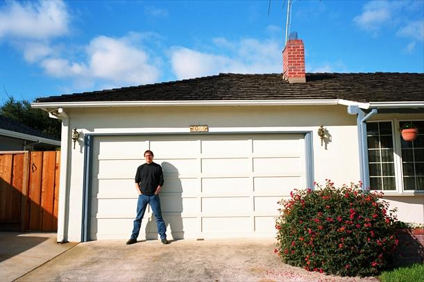Steve Jobs 1996 garage (Palo Alto home)