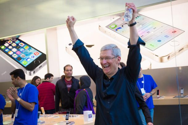 Tim Cook (Palo Alto iPhone 5s5c launch, CNET 001)