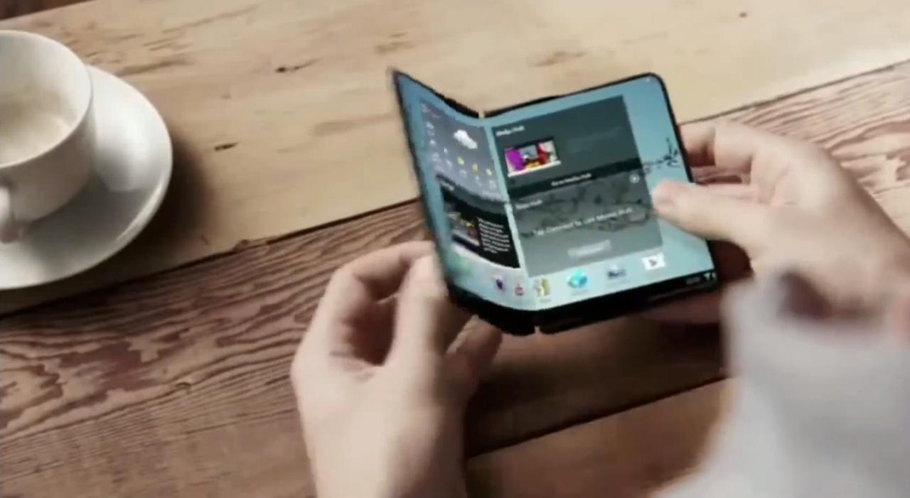 Samsung flexible display promo (image 001)