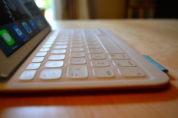 Logitech FabricSkin Keyboard Folio 2