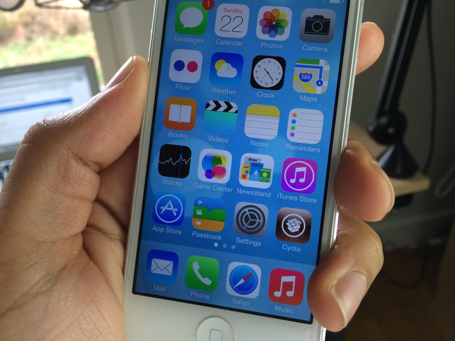 iPhone iOS 7 Jailbreak
