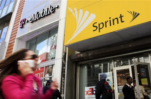 Earns Sprint Nextel