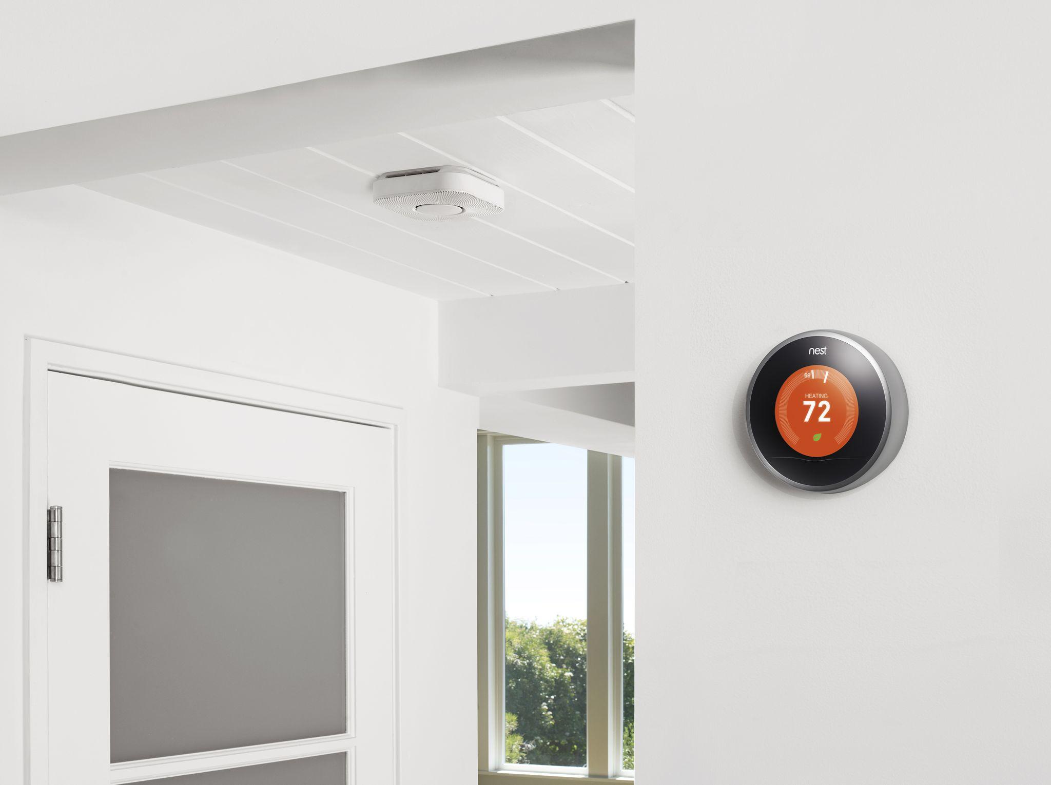 Nest Thermostat and Protect (estilo de vida 001)