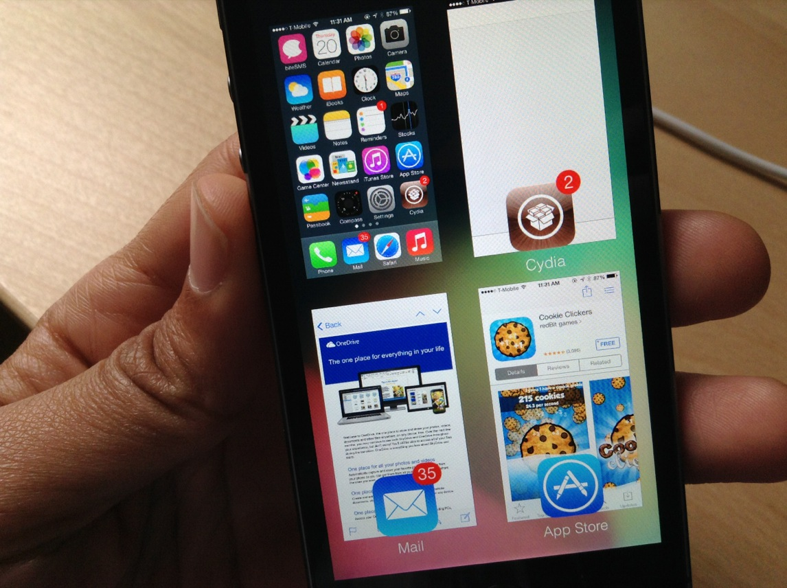 GridSwitcher: show the iOS 7 app switcher in a grid view