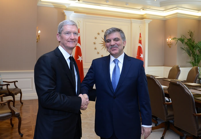 Tim Cook and Abdullah Gul