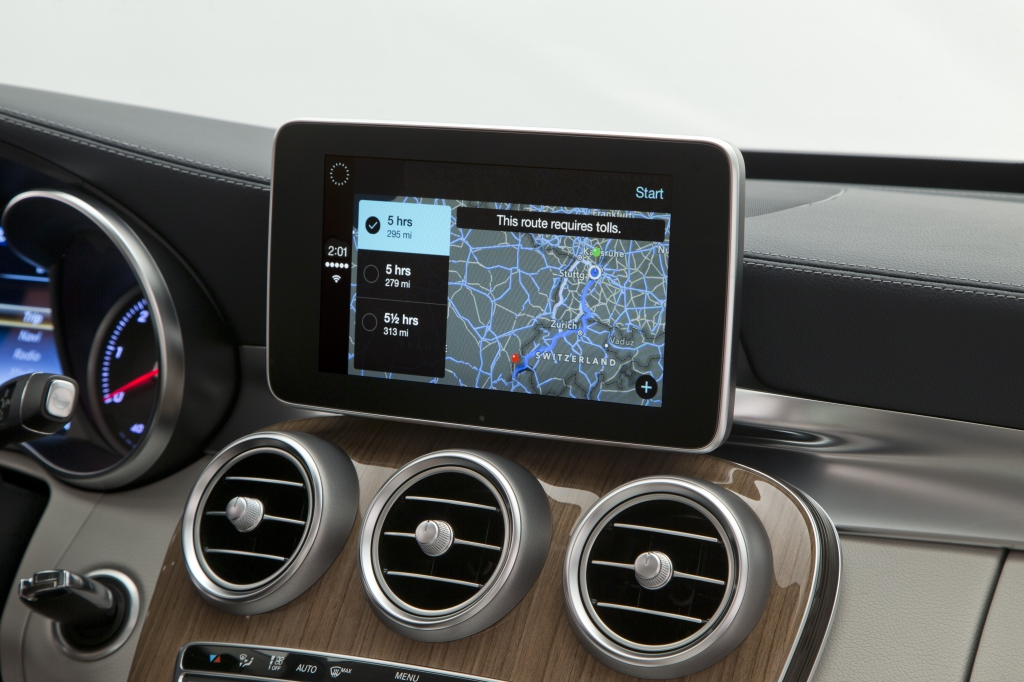 Mercedes-Benz (CarPlay 005)