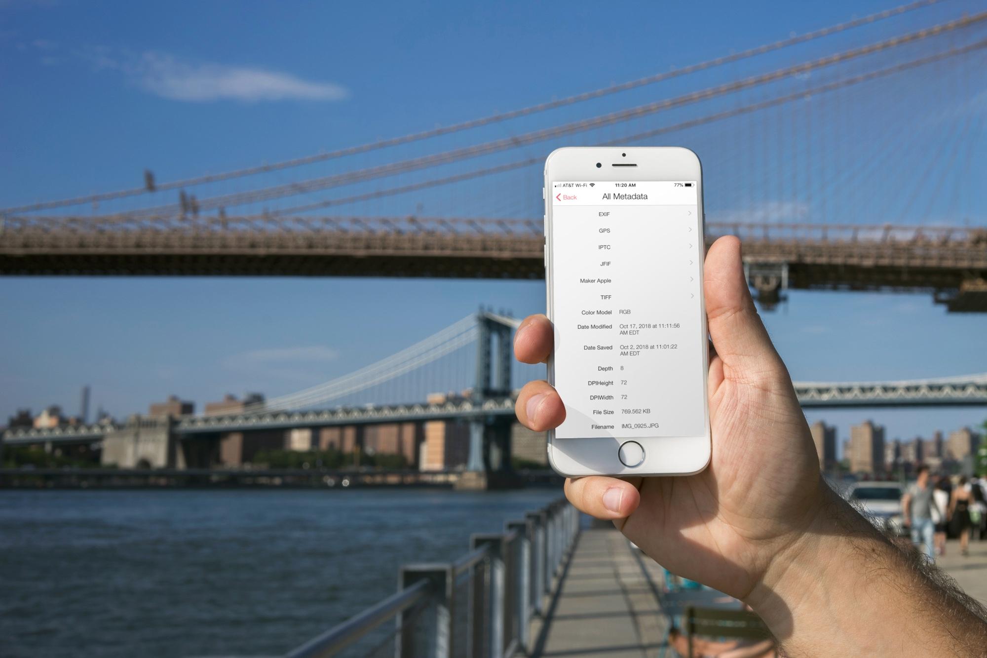 Photo Investigator All Metadata on iPhone