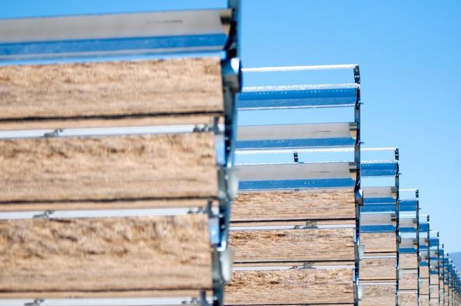Apple data center (Reno, Nevada, solar array in Yerington, Wired 002)