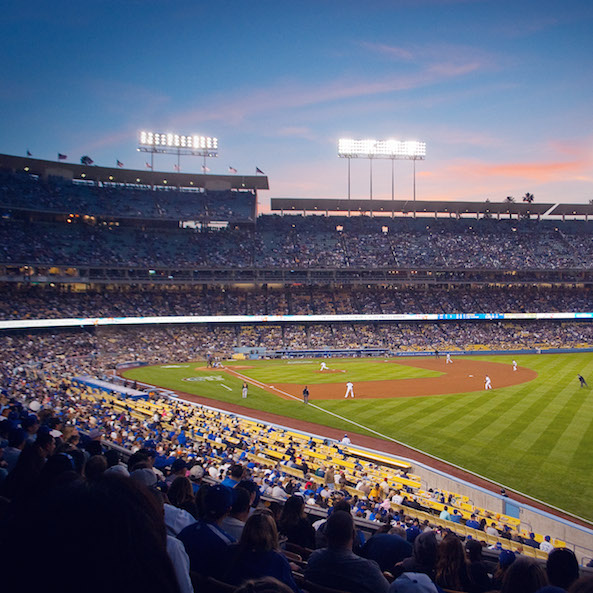 apple_wallpaper_la-dodgers-stadium_ipad_retina_preview