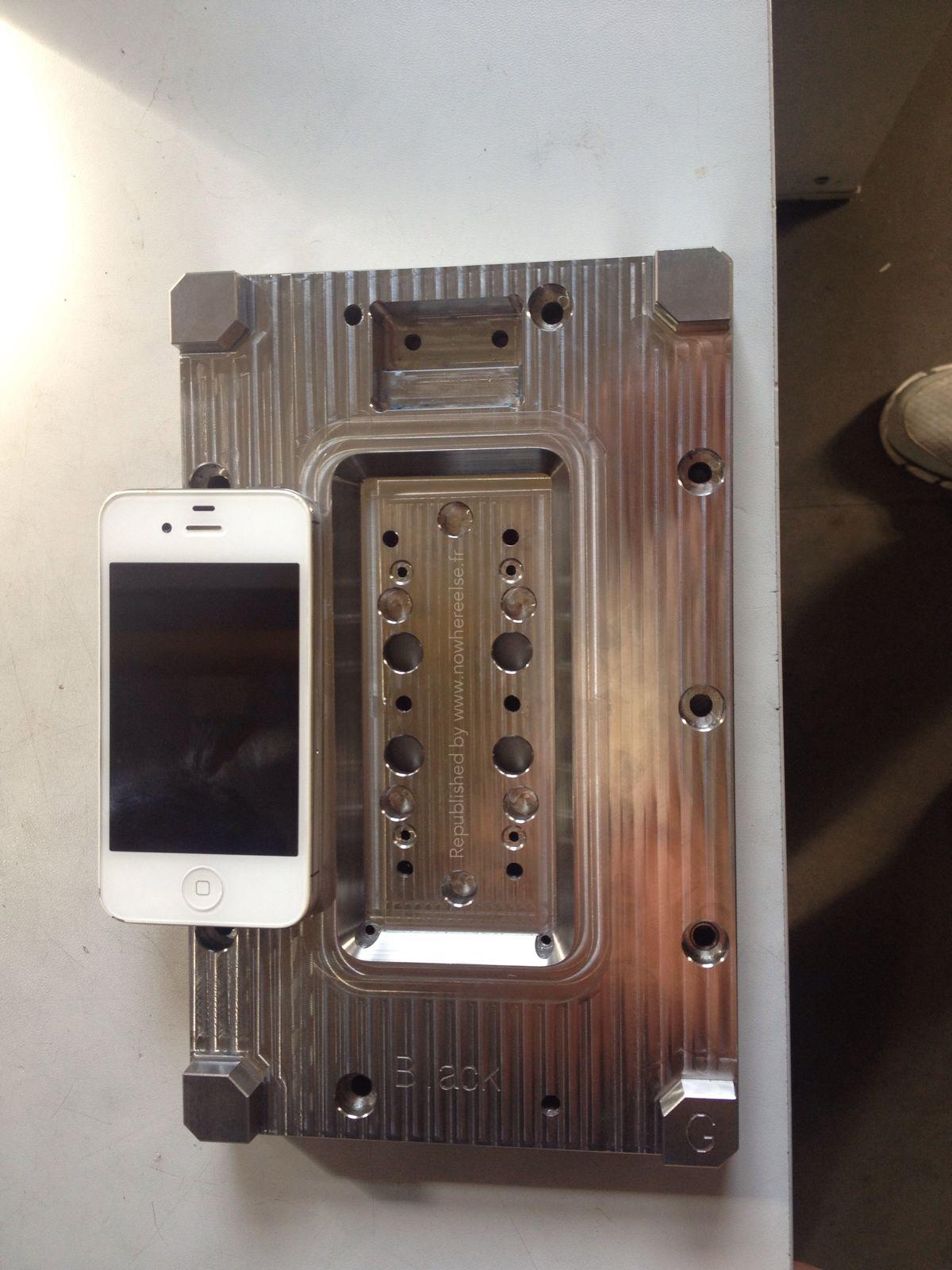 iPhone 6 mold (NowhereElse.fr 001)