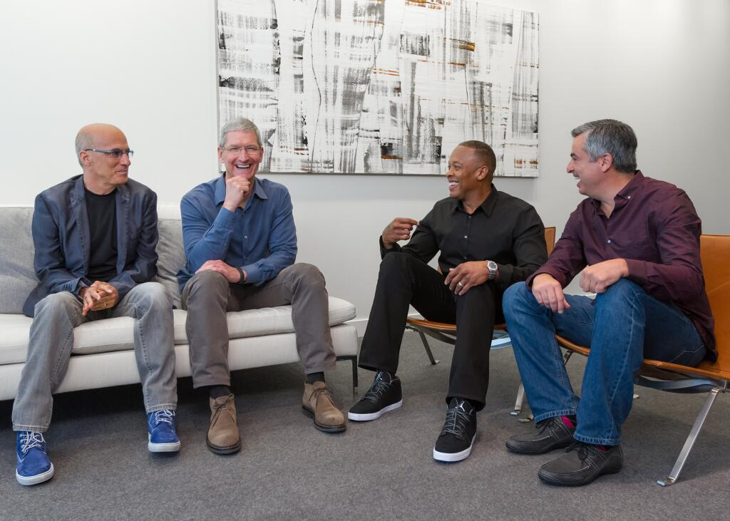 Apple Beats deal (Tim Cook, Jimmy Iovine, Eddy Cue and Dr Dre 001)