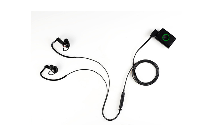 LG Heart Rate Earphones (image 001)
