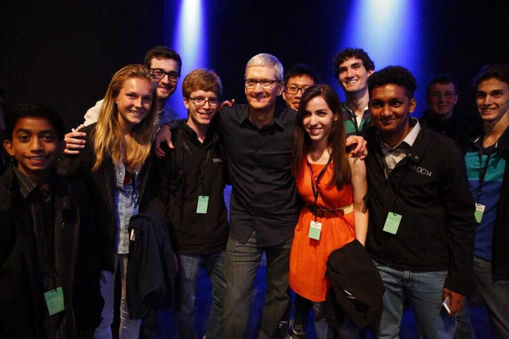 Tim Cook (Meeting WWDC 2014 developers)