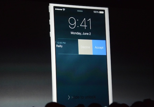 iOS 8 interactive notifications accept