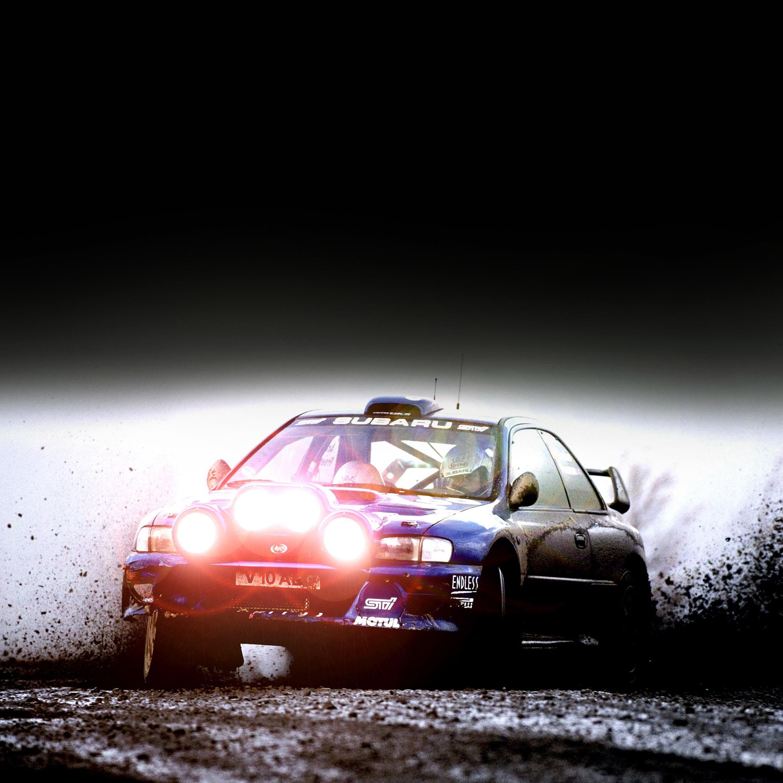 apple_wallpaper_drifting-car_ipad_retina_parallax