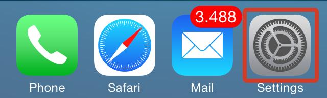 iOS 8 (Settings app in Dock)