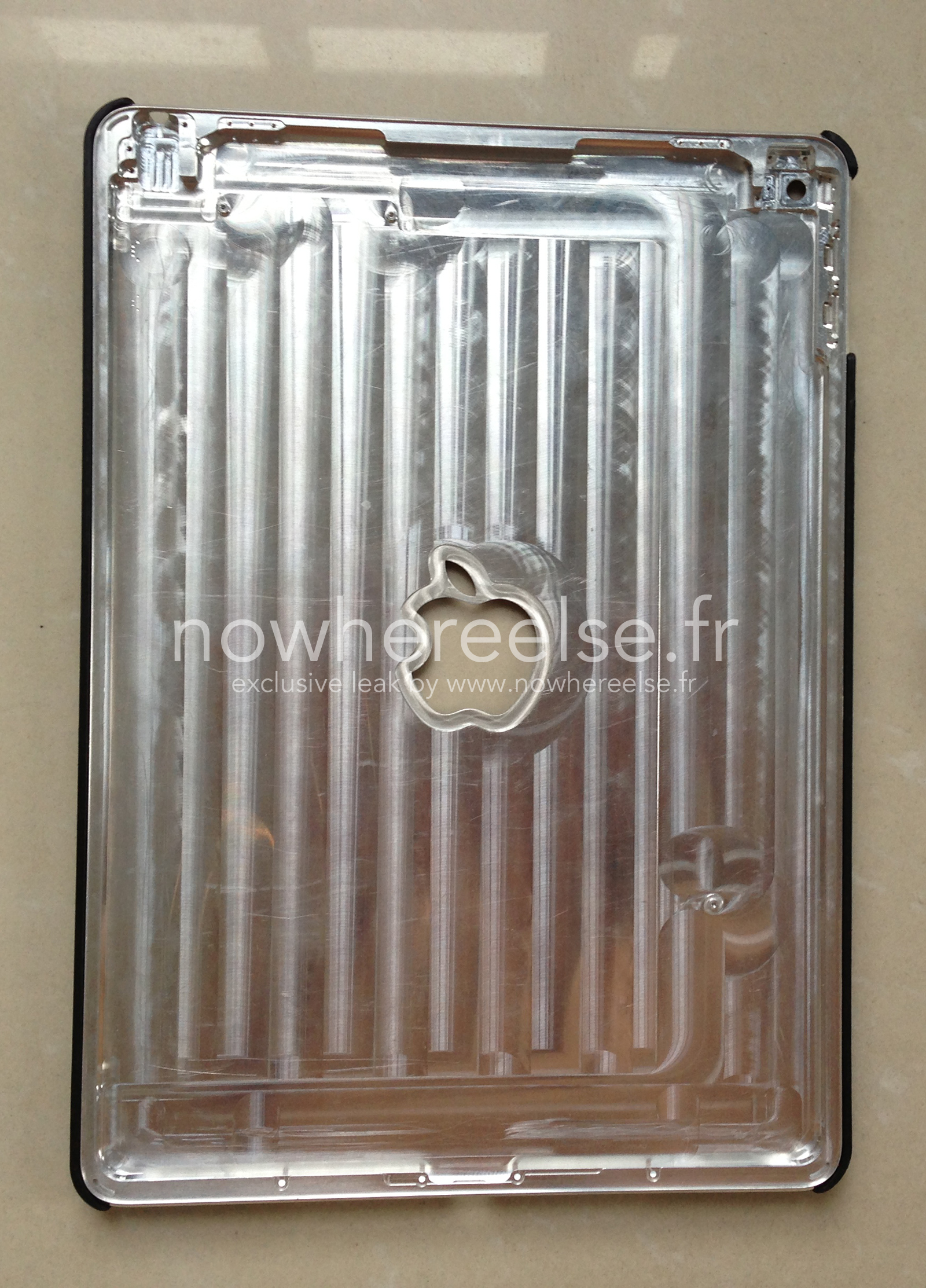 iPad Air 2 (rear panel, Nowhere Else 002)