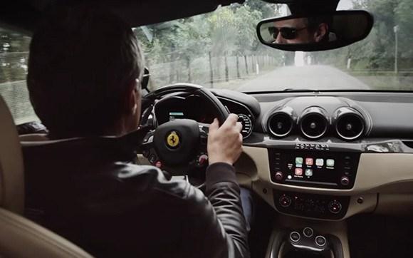 Ferrari FF (CarPlay 001)