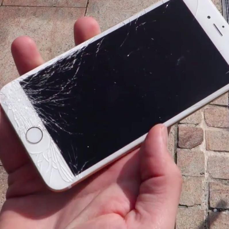 iPhone 6 (drop test 001)